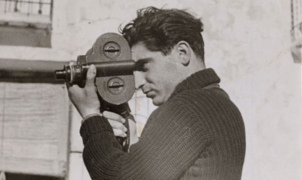 Robert Capa Photo